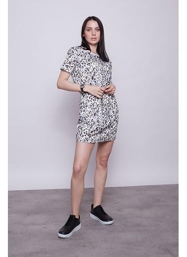 Jument Kadın Desenli Düşük Omuz Kısa Kol Yandan Cepli Beli Lastikli Elbise-Gökkuşağı  Leopar